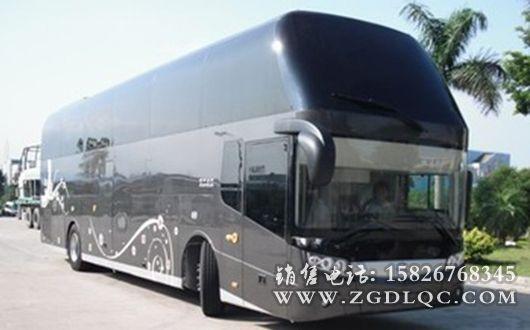 金龙牌XML6128型旅行客车